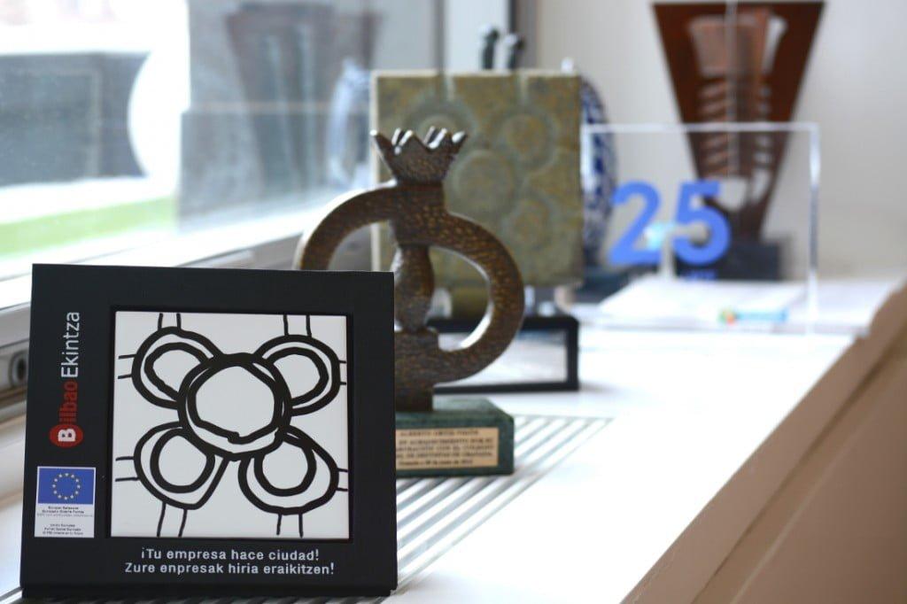 """Premio """"Tu empresa crea ciudad"""" a Clínica Ortiz-Vigón"""