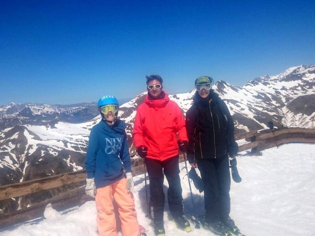 A Mariana le gusta el ski