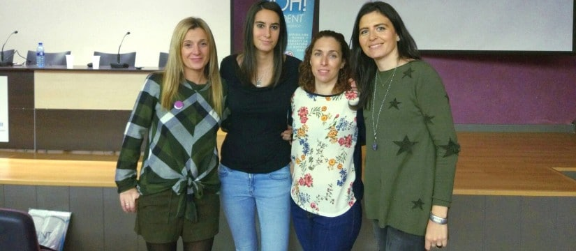 Nuestras compañeras en el curso de Paciente Periodontal, un reto para el higienista dental