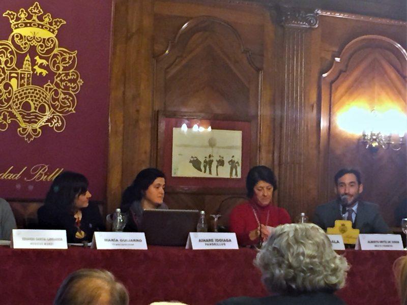 Dr. Ortiz-Vigón presenta el proyecto solidario en Bilbao de Smile is a Foundation